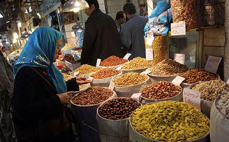 پشت پرده افزایش نرخ آجیلِ شب عید/جولان واسطه ها یا افزایش نرخ ارز ؟