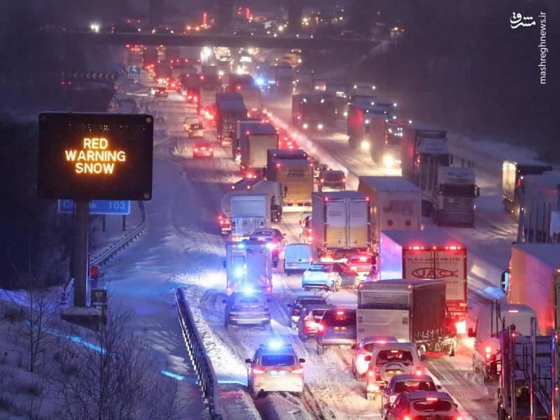 برف و بورانِ «وحشی شرقی» چگونه انگلیسیها را زمینگیر کرد؟ +عکس و فیلم
