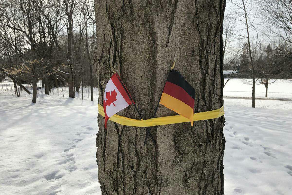 نصب پرچم آلمان به جای پرچم بلژیک در کانادا!