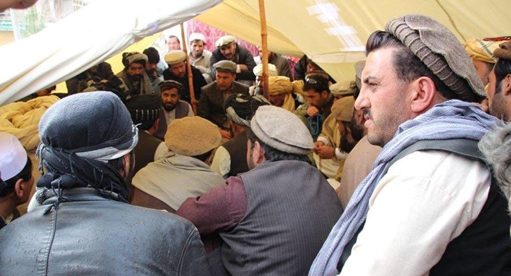 تححصن شهروندان پکتیا در اعتراض به وضعیت امنیتی شاهراه غزنی – پکتیکا