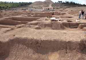 بازگشایی پایگاه باستان شناسی وستمین کیاسر به روی مسافران