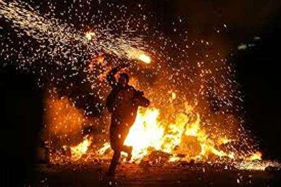 از سوختگی شدید تا قطع عضو ارمغان بازی با آتش در چهارشنبه آخر سال