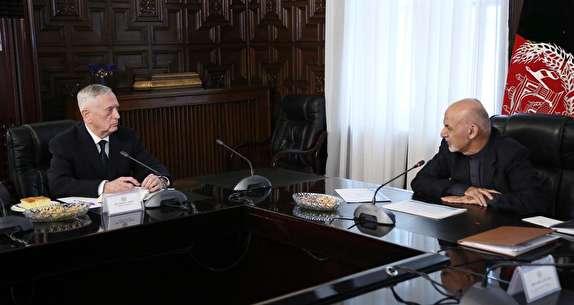 باشگاه خبرنگاران -«صلح»، «امنیت» و «انتخابات» محور گفتگوهای جیمز متیس و اشرف غنی