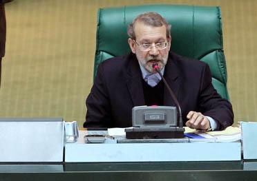 توضیحات لاریجانی در مورد برخی شایعات پیرامون زمان طرح استیضاح ۳ وزیر