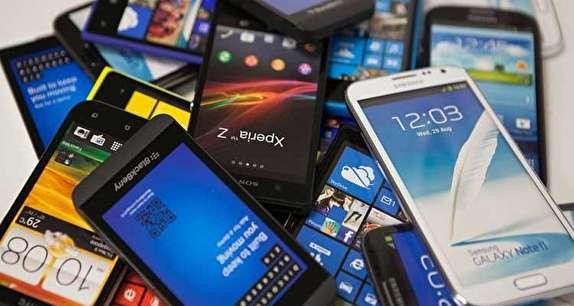باشگاه خبرنگاران -نارضایتی کسبه از وضعیت بازار موبایل در سال ۹۶/ تلفن همراه در سال جاری ۲۵ درصد افزایش قیمت داشت
