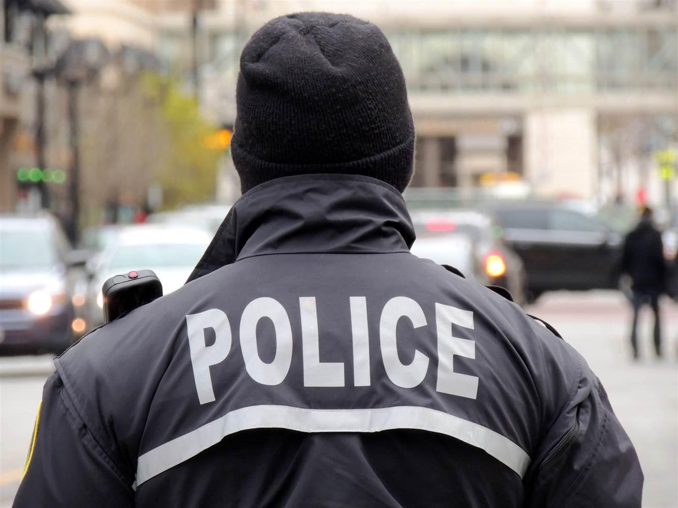درگیری پلیس فرانسه با کردهای معترض به حمله ترکیه به عفرین