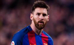 ماجرای جنجالی درگیری فوتبالیست مشهور با داور بازی! +تصاویر