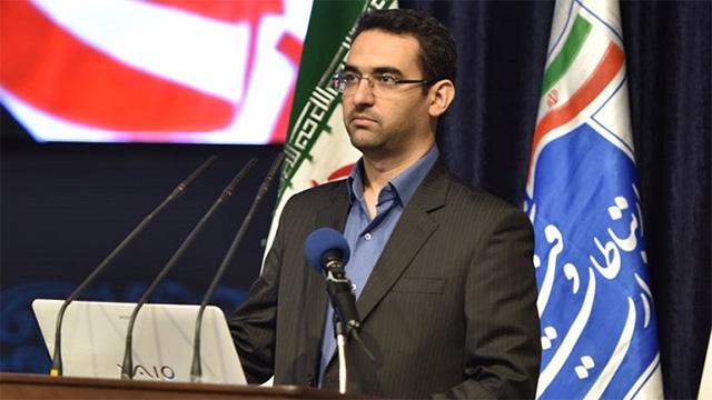 آذری جهرمی: فیلتر نشدن تلگرام بستگی به همکاریاش با ایران دارد