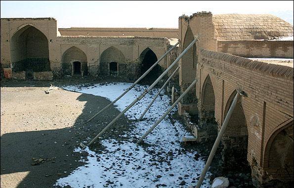 منارجنبان فقط در اصفهان نیست! + تصاویر