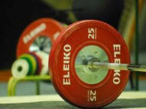 اردوی تیم ملی وزنهبرداری ردههای پایه برگزار میشود