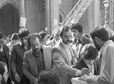 آری به جمهوری اسلامی؛ واقعهای که تاریخ ساز شد