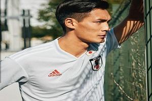 باشگاه خبرنگاران -لباس دوم تیم ملی ژاپن رونمایی شد