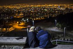 لحظه تحویل سال نو در جوار مقبره شهدای گمنام - کوهسار