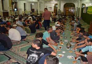 باشگاه خبرنگاران -اطعام 300 خانوار زیر پوشش در میناب