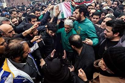 مراسم تشییع و تدفین شهید محمد حسین حدادیان