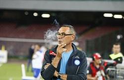اقدام جالب باشگاه لیگ برتر برای مربی مشهور سیگاری+ تصاویر