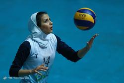 دیدار والیبال بانوان سالوت تهران و شهرداری تبریز