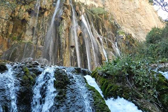 آبشار چشمهای ایران کجاست؟ + تصاویر