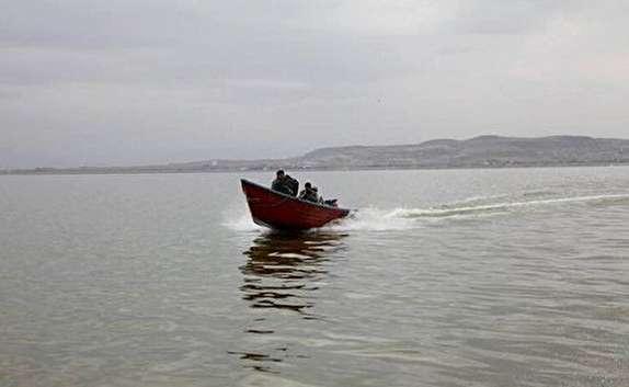 باشگاه خبرنگاران - دسترسی به جزایر دریاچه ارومیه بوسیله قایق میسر شد/ آب دریاچه ارومیه بالا آمد