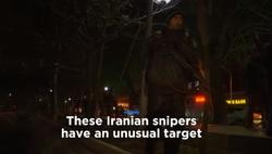 گزارش یورونیوز از شکار شبانه موشها در تهران به دست تکتیراندازها! +فیلم
