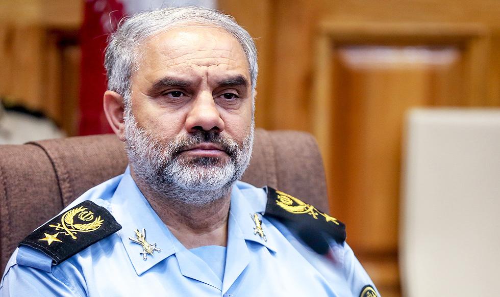 دیدار فرمانده نیروی هوایی ارتش با خانواده شهید امنیت شهید بایرامی