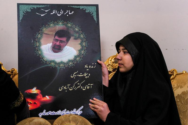 انتقاد فرزند شهید رکنآبادی از سخنان تأسفبار لیلا حاتمی