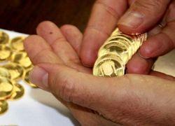 قیمت طلا و سکه در بازار آزاد باز هم افزایش یافت/ دلار ۴۴۷۶ تومان