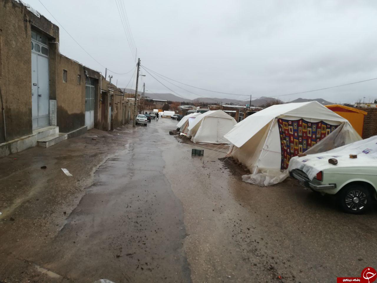 شرایط سخت زندگی زلزلهزدگان کوهبنان در بارندگی + تصاویر