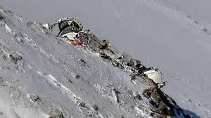 قطعات جدید از پیکرهای جانباختگان هواپیمای آسمان کشف شد