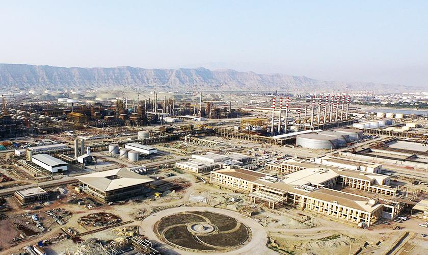 سفر روحانی به دروازه طلایی اقتصاد ایران