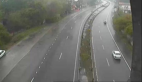 بارش باران در استان مازندران/ ترافیک روان در اکثر جادههای کشور
