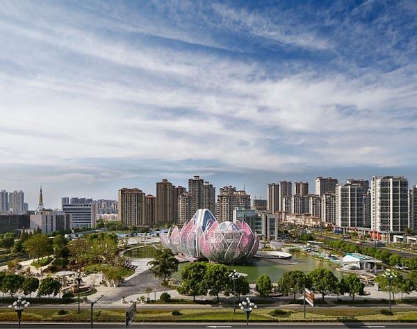 ساختمان های خارق العاده نیلوفر آبی در چین