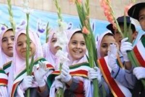 آغاز ساخت سه مدرسه خیرساز در بناب