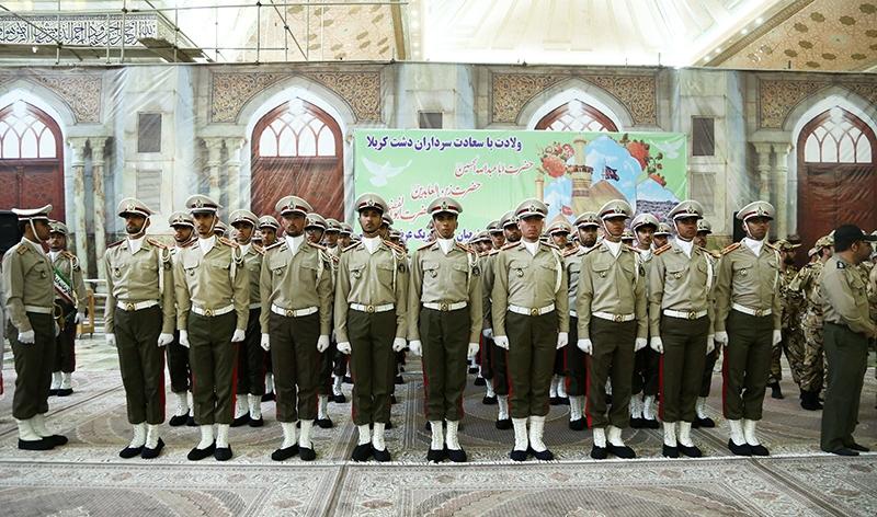 سربازان و کارکنان وزارت دفاع با آرمانهای امام خمینی(ره) تجدید پیمان کردند