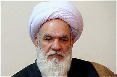 استحکام نظام اسلامی اولویتمان باشد/دولتها نباید دلشان را به چراغ سبز دشمنان خوش کنند