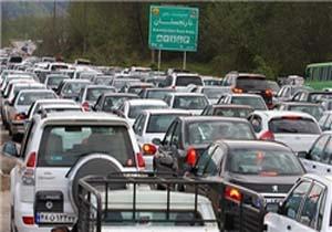 تهرانی ها چند ساعت پشت ترافیک می مانند؟