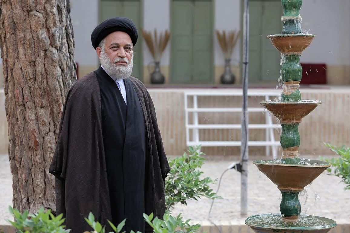محمدحسین لطیفی بازیگر سریال خودش شد!