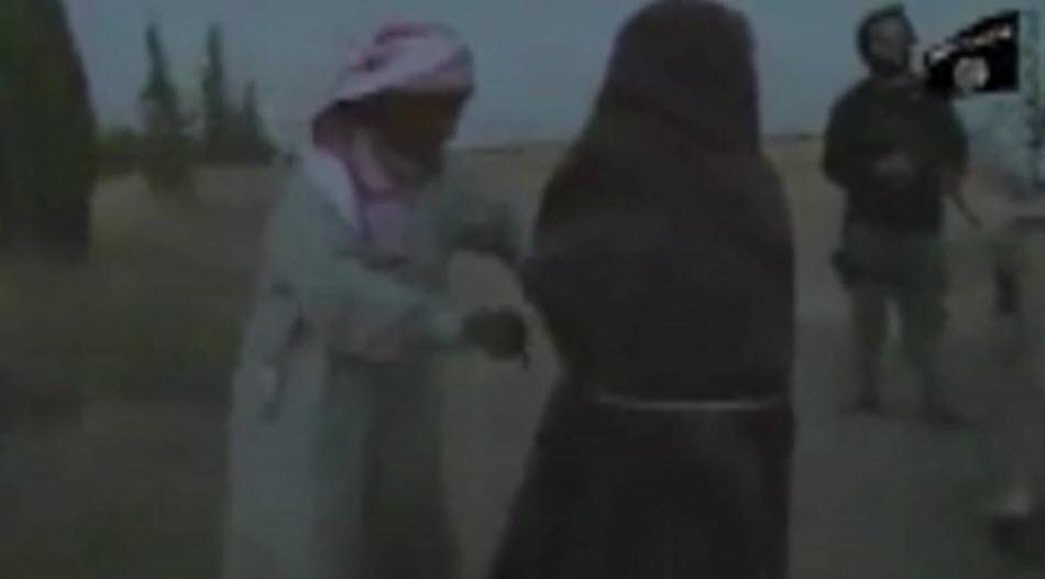 زنده به گور کردن زنی که جهاد نکاح داعش را رد کرد +فیلم