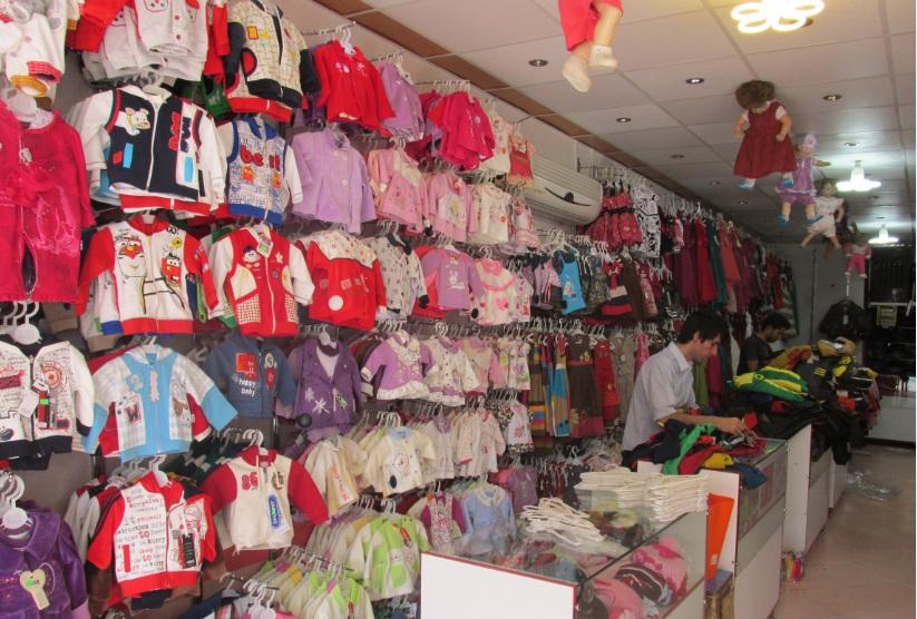 Image result for گرانی در بازار لباس