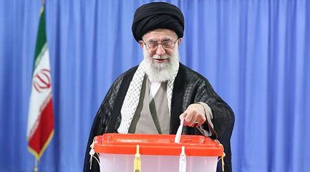 نکته سنجی کاربران / خودکار رهبر انقلاب در رای دادن چه بود +عکس