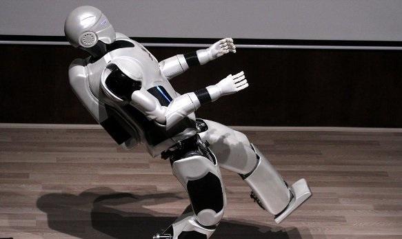 ربات ایرانی «سورنا مینی» رونمایی می شود