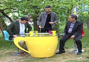 شعبده بازی با آرای روحانی در برنامه علی ضیا + فیلم