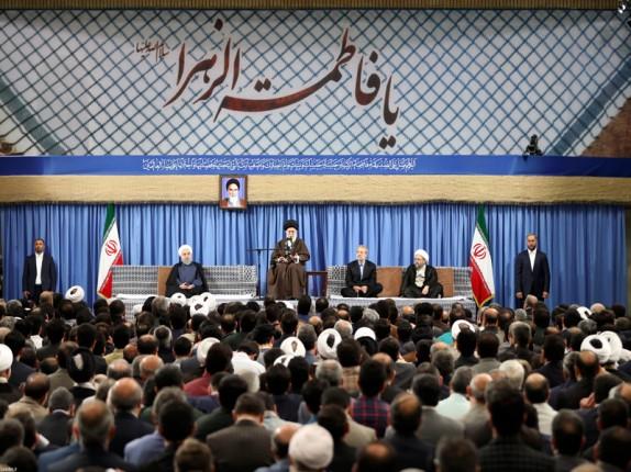 آمریکا و صهیونیستها با جمهوری اسلامی مخالفند چون اسلام در ایران بارزتر است/ کاندیداها به مردم قول دهند برای بازکردن گرهها نگاهشان به بیرون از مرزها نباشد