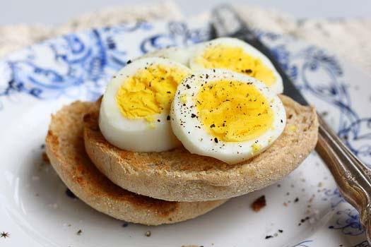 تخم مرغ چگونه به کاهش وزن کمک میکند؟
