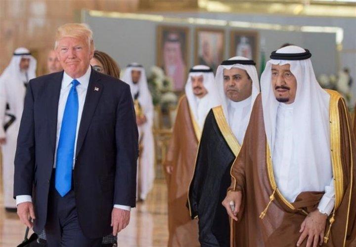 کنایه ظریف به سخنان سخیف ترامپ علیه ایران +توئیت