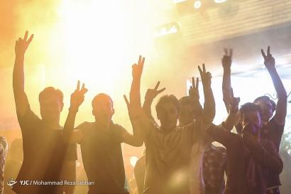 شادی مردم  ایران پس از اعلام نتایج انتخابات ریاست جمهوری 96