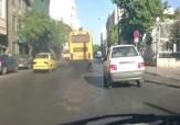 باشگاه خبرنگاران - دود غلیظ اتوبوس در میدان رسالت! + فیلم