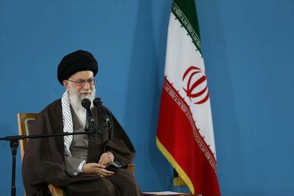 خاطره خواندنی رهبر معظم انقلاب از ماجرای گریستن امام خمینی(ره)