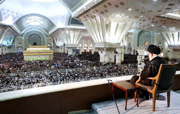 انگیزه هایی برای تحریف شخصیت امام و انقلاب وجود دارد