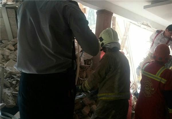 گودبرداری غیراصولی حادثه ساز شد/ 20 نفر نجات یافتند